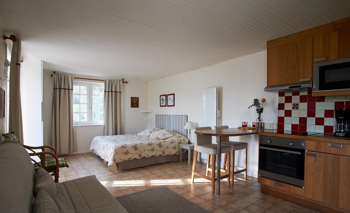 Zuhause-Hutte-garten-petit-clerval