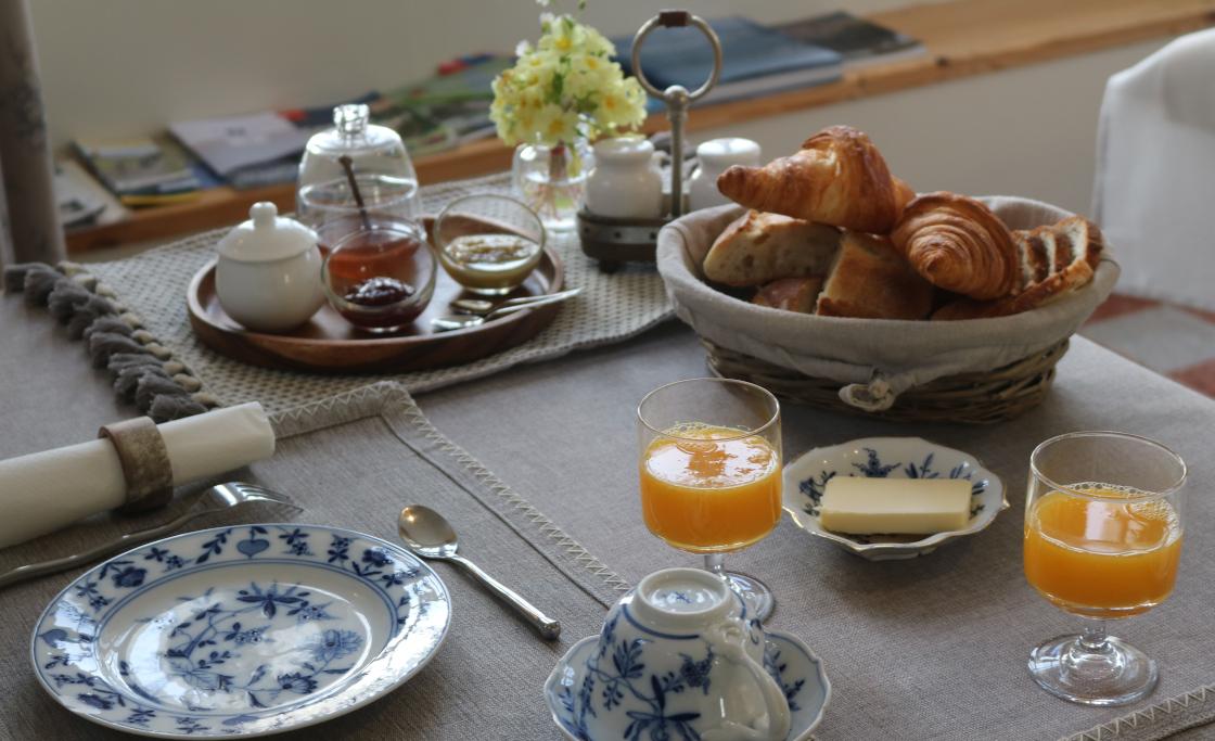 chambres-d-hotes-petit-dejeuner-compris